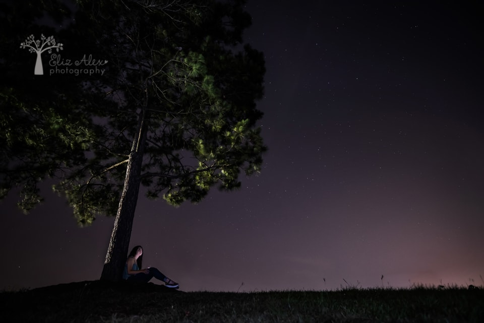 night sky senior photography the woodlands